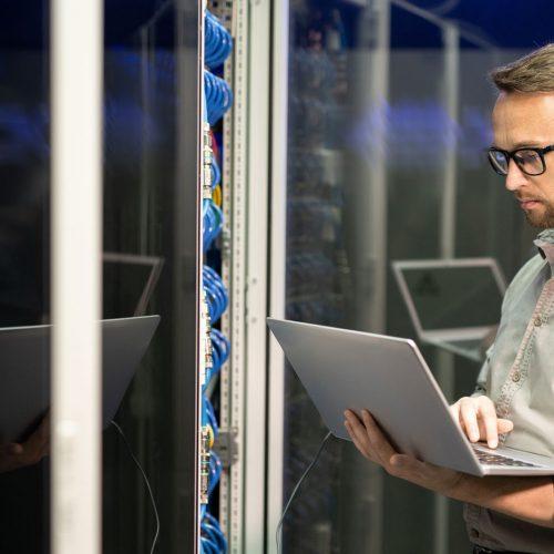 it-engineer-providing-network-support-KVZCXDV